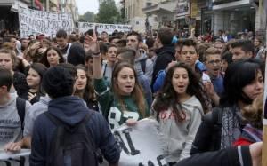 Τα συνδικάτα στηρίζουν τους αγώνες των μαθητών στην Κρήτη