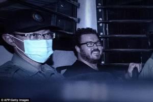 Tο ανατριχιαστικό χαμόγελο του δολοφόνου ιερόδουλων (photos)