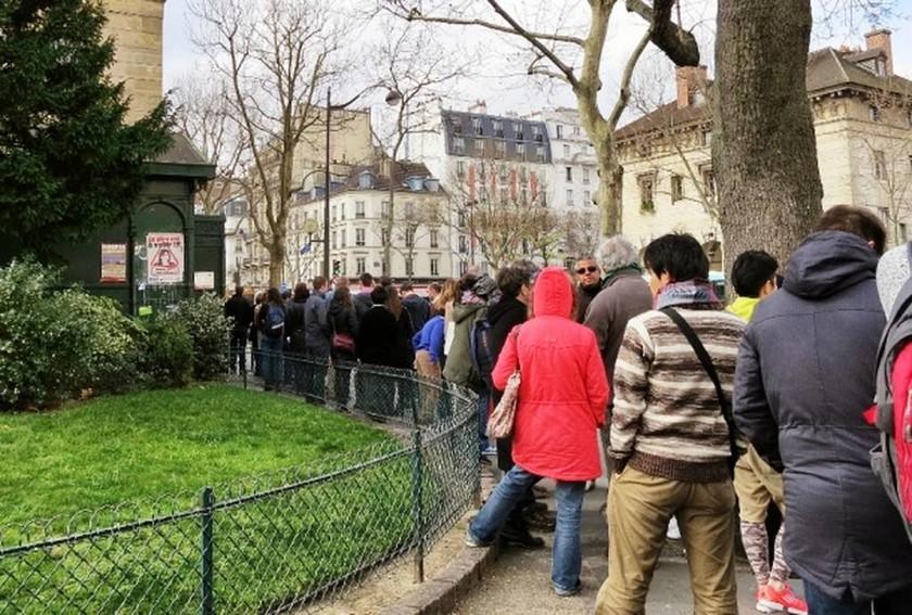 Τρομακτικές εικόνες από τις Κατακόμβες του Παρισιού