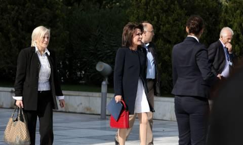 Ολοκληρώθηκε η συνάντηση Τσίπρα - Αγγελοπούλου (pics+vid)