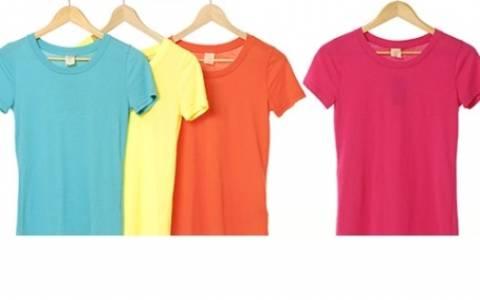 T-shirt: Μεταμορφώστε τα με 2  πολύ έξυπνους τρόπους