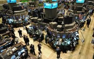 Με νέα ρεκόρ ξεκίνησε η εβδομάδα στη Wall Street