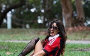 Σέξι μοντέλο, ετοιμάζεται να γίνει διαιτητής (photos)