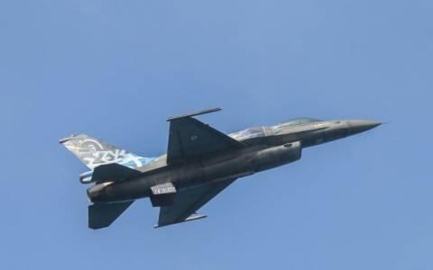 Αεροπορική επίδειξη στο Ηράκλειο από την ομάδα «ΖΕΥΣ»