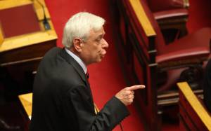 «Βόμβες» Παυλόπουλου στη Βουλή κατά Χαρδούβελη