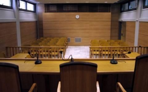 Επίθεση δικαστών κατά κυβέρνησης