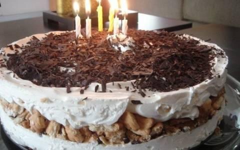 Συνταγή για την πιο νόστιμη τούρτα με 5 υλικά!