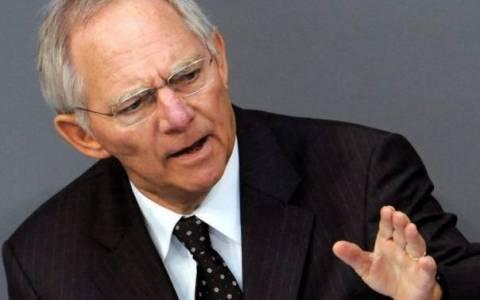 Σόιμπλε: Δημοσιοποίηση φορολογικών συμφωνιών με πολυεθνικές