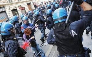 Ρώμη: Φοιτητές κατά Ντράγκι έξω από συνεδριακό χώρο