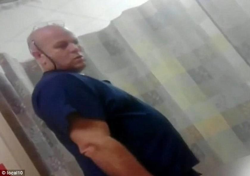 Νοσοκόμος επιτέθηκε σεξουαλικά σε αναίσθητο ασθενή (video)