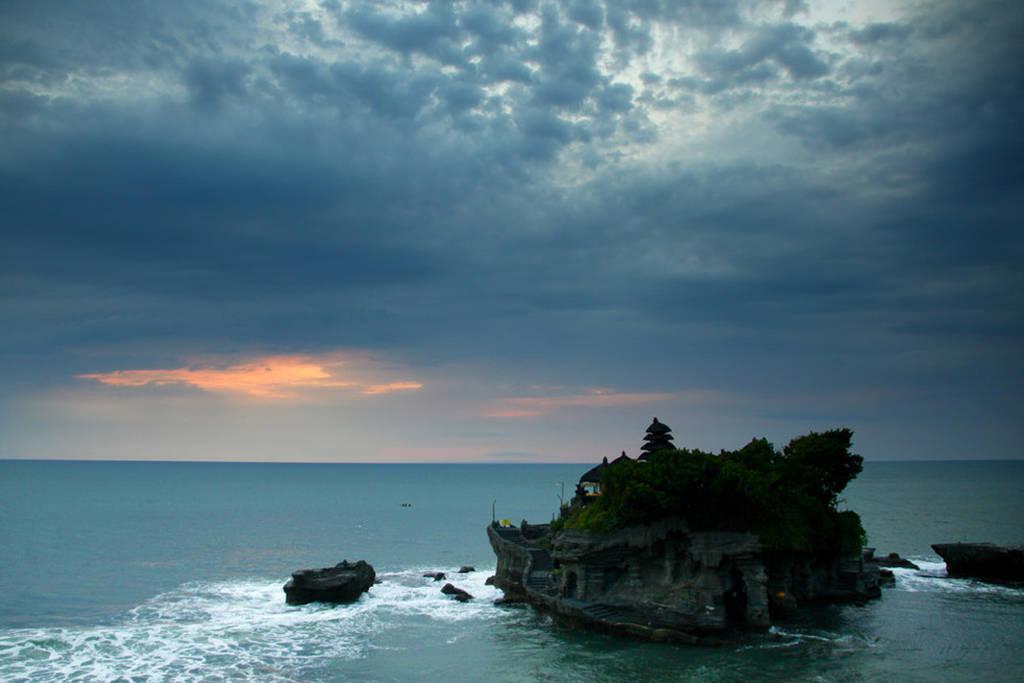 Μπαλί - Ο απόκοσμος ναός Tanah Lot
