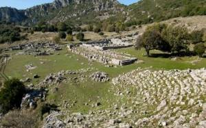 Εικόνες ντροπής - Ο χώρος της Αρχαίας Κασσώπης έγινε… μαντρί