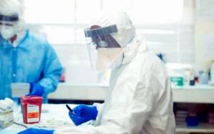 Έμπολα: Στις ΗΠΑ ο γιατρός που προσβλήθηκε από τον ιό