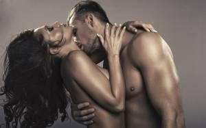 Ζώδια και Σεξ: Σημάδια ότι είναι καλός στο κρεβάτι