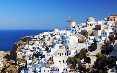 """Ferry """"Artemis"""" to temporarily take over western Cyclades"""