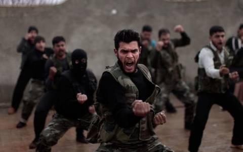 Συμφωνία ΗΠΑ – Τουρκίας για εκπαίδευση Σύρων μαχητών