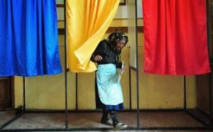 Ρουμανία: Σκληρή μονομαχία μεταξύ των υποψηφίων στις εκλογές