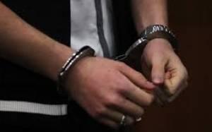 8ημερη κράτηση στον 17χρονο ύποπτο για φόνο