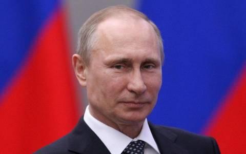 Πούτιν: Όποιος θέλει όπλα για ένα δίκαιο αγώνα, βρίσκει...