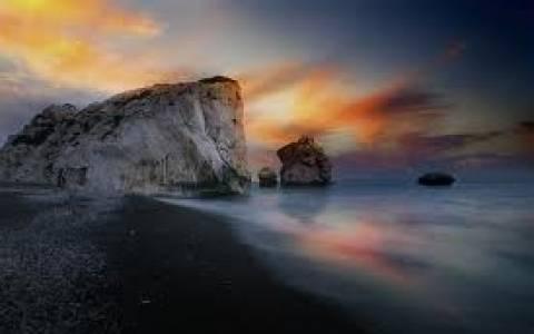 Μικρή αύξηση στις τουριστικές αφίξεις στην Κύπρο