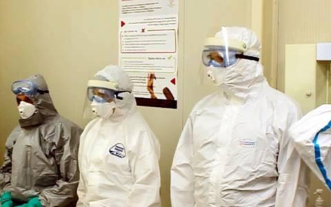 Συναγερμός στο λιμάνι του Πειραιά για πιθανό κρούσμα Έμπολα
