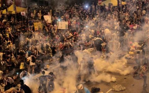Βρετανία:Δεν μπλοκάρει την εξαγωγή δακρυγόνων σε Χονγκ Κονγκ