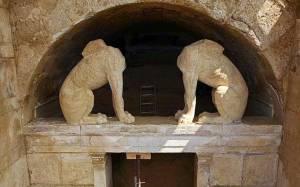 Έρευνες για νέους τάφους στο λόφο Καστά