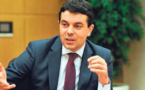 Σκόπια: Η Ελλάδα αποφεύγει το ζήτημα της ονομασίας
