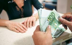 Χιλιάδες αιτήσεις για το ελάχιστο εγγυημένο εισόδημα