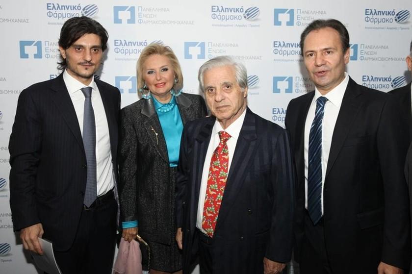 Ο κ. Δημήτρης Γιαννακόπουλος, η κα Δέσποινα Γιαννακοπούλου, ο κ. Παύλος Γιαννακόπουλος και ο κ. Θεόδωρος Τρύφων (Αντώνης Βλάχος, Photoshop Company)
