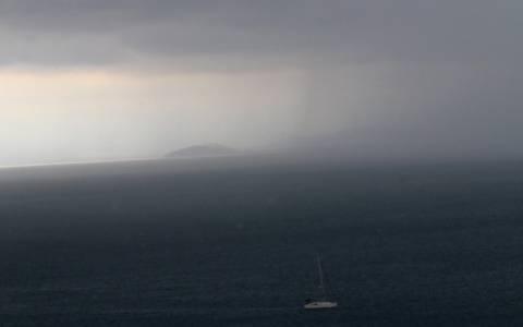 Επιδεινώνεται ο καιρός σήμερα με βροχές και καταιγίδες