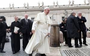 Πάπας Φραγκίσκος:Πουλάει τα δώρα του για να στηρίξει φτωχούς
