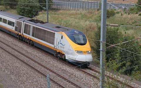Σε τρένα της Eurostar πέρασαν τη νύχτα εκατοντάδες επιβάτες