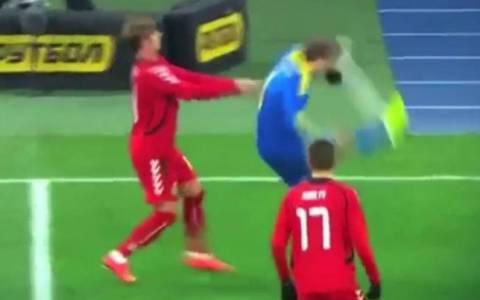 Ουκρανία: Κλώτσησε την μπάλα στο... πρόσωπό του! Video
