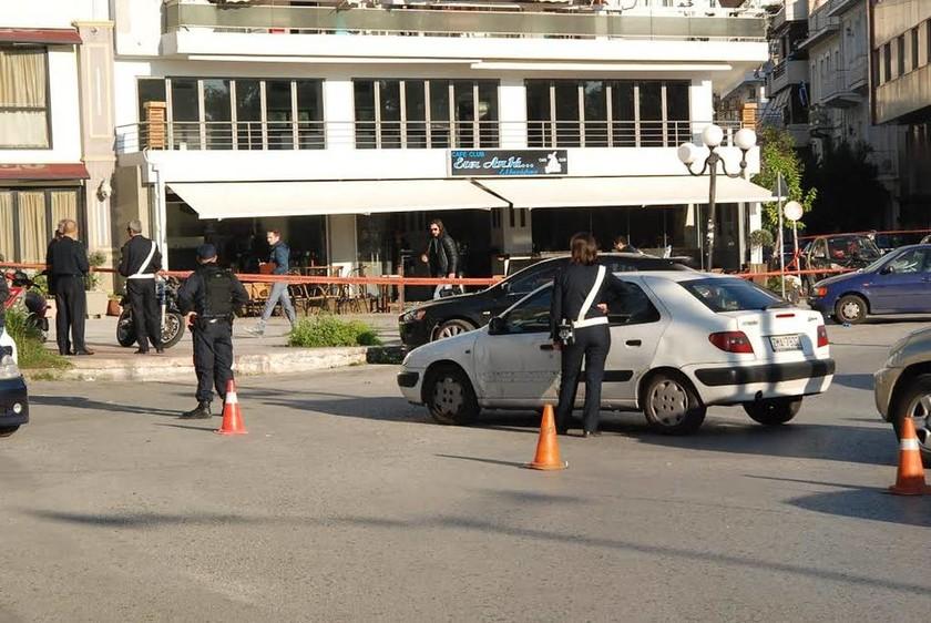 Ποιoν ψάχνει η αστυνομία για τους πυροβολισμούς στον Πειραιά