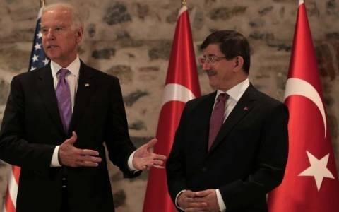 «Σπόντες» Μπάιντεν για την πολιτική Ερντογάν