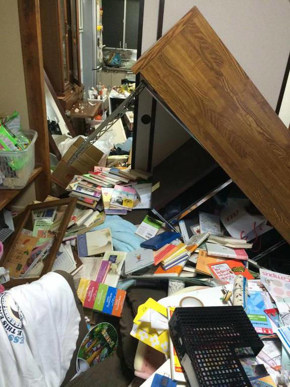 Ιαπωνία: Εγκλωβισμένοι και τραυματίες από τον ισχυρό σεισμό
