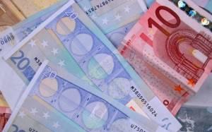 Πάνω από 7.000 αιτήσεις για το ελάχιστο εγγυημένο εισόδημα