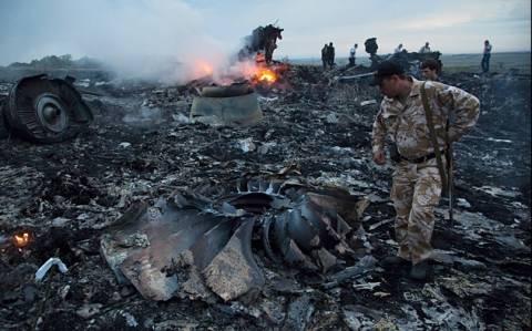 Ουκρανία: Απομακρύνθηκαν τα συντρίμμια της πτήσης MH17