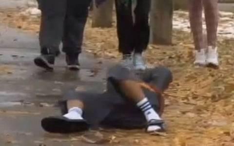 Αστυνομικός σκότωσε 12χρονο που έπαιζε με ψεύτικο πιστόλι!