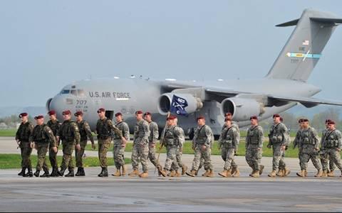 Τα στρατεύματα των ΗΠΑ θα παραμείνουν σε Βαλτική και Πολωνία