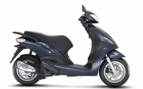 Piaggio: Το Fly 125 3V μόνο με 1.800€
