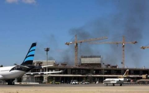 Δεύτερη αεροπορική επιδρομή στο αεροδρόμιο της Τρίπολης