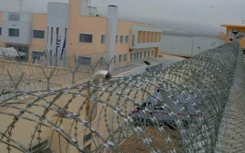 Με... αντιαρματικά η φρούρηση στις φυλακές Δομοκού