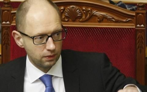 Ουκρανία: Επανεξελέγη πρωθυπουργός ο Γιατσενιούκ