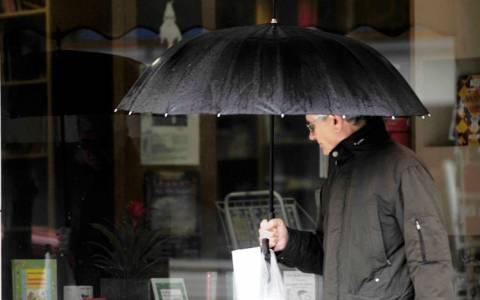 Καιρός: Συνεχίζονται σε όλη τη χώρα οι βροχές την Παρασκευή