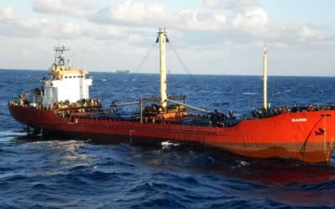Συλλήψεις στο φορτηγό πλοίο «Baris» που μετέφερε μετανάστες