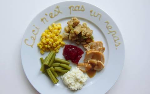 Τα πιάτα διάσημων καλλιτεχνών για την ημέρα των ευχαριστιών