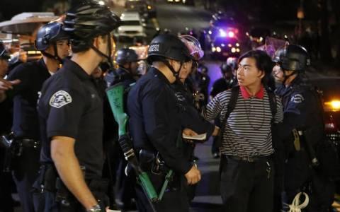 Φέργκιουσον: Τουλάχιστον 15 συλλήψεις διαδηλωτών
