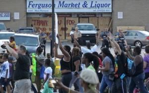 Φέργκιουσον: Πορεία διαμαρτυρίας 193χλμ από ακτιβιστές